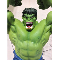 O Incrível Hulk Maciço Em Resina 35cm - 12x Sem Juros