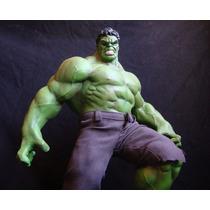 O Incrível Hulk (estátua De Resina)