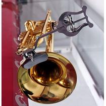 Lira Para Partitura De Trompete, Trombone E Trompa