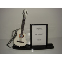 Porta Retrato 10x15 Com Miniatura De Violao Flat Eletrico