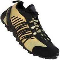 Tênis Adidas Hellbender - Dourado Edição Limitada Aranha