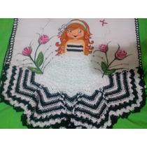 Pano De Prato Boneca Pintada Com Vestido Em Crochê