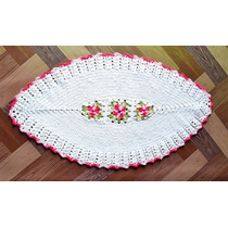Tapete Crochê Barbante Oval Com Flores
