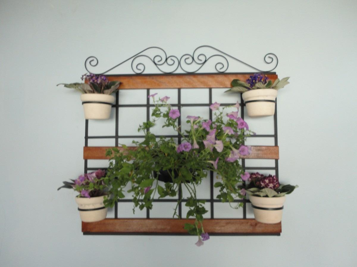 trelica jardim vertical:treliça para jardim vertical com arabesco e madeira