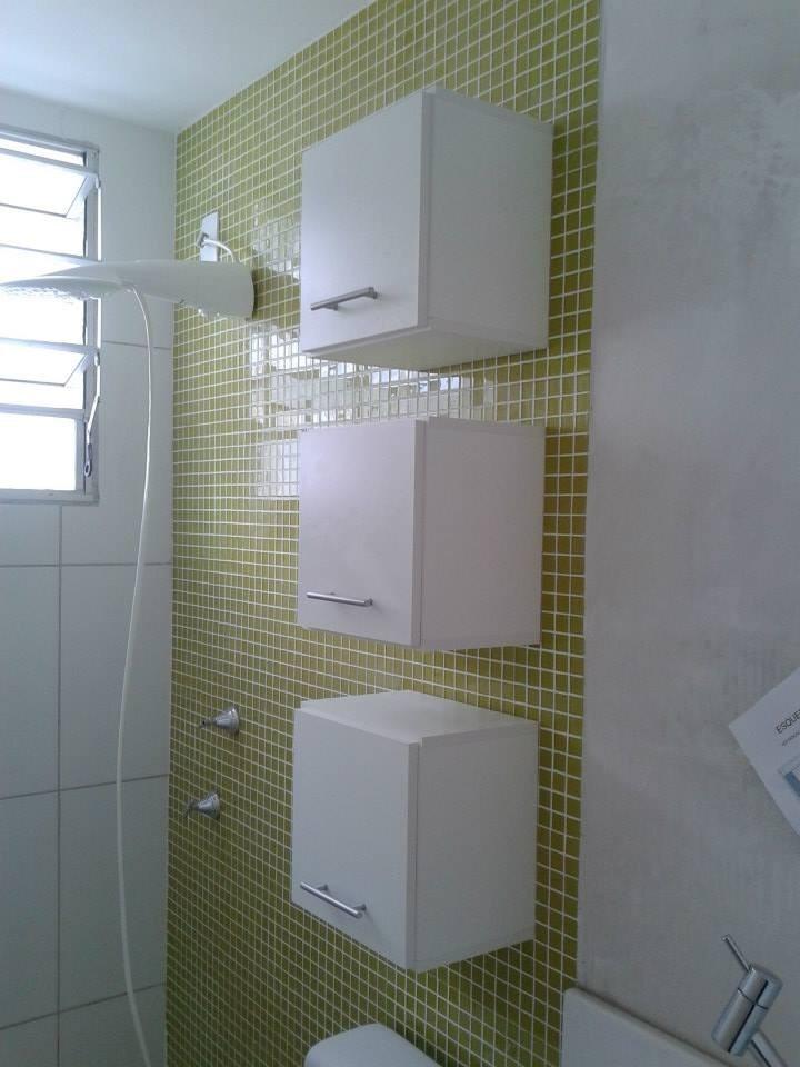 Trio Armário Nicho Decorativo Mdf Branco 30x30x15cm C Porta  R$ 225,00 no M # Armario Para Banheiro De Pvc Mercadolivre