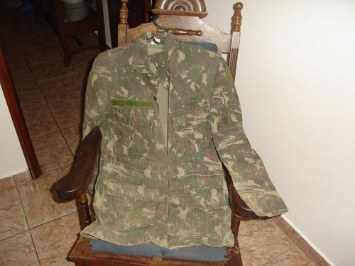 Tunica Em Tecido Impermeavel, Camuflada.