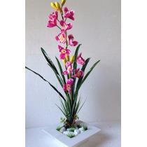 Arranjo De Orquídeas Artificiais Com Vaso De Madeira