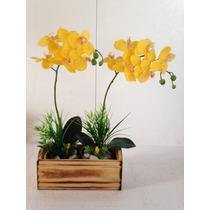Arranjo De Orquídea Amarela Com Dois Vasos. Artificial