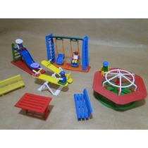 Miniatura Parque Diversões Infantil 05 Bonecos 04 Brinquedos