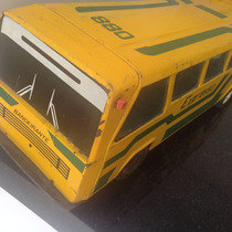 Ônibus De Lata, Bandeirante Expresso Brasileiro