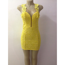 Vestido Amarelo Com Detalhe Em Tule