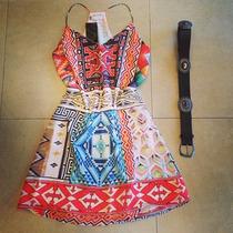 Vestido Curto Estampa Etnica
