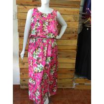Vestido Plus Size Estampa Floral Corte Evasê Cavado G2