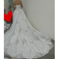 Vestido Noiva Branco Bordado Com Rechilie Prata