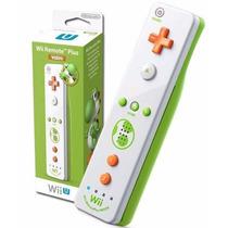 Controle Wii U Remote Motion Plus Edição Yoshi + Nunchuck