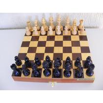 Jogo Para Xadrez Em Estojo