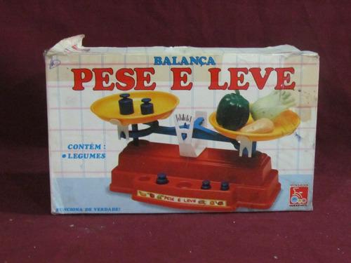 Balança Pese E Leve - Brinquedos Bandeirante
