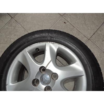 rodas c pneu pirelli p6000 195 60 r15 toyota corolla r. Black Bedroom Furniture Sets. Home Design Ideas