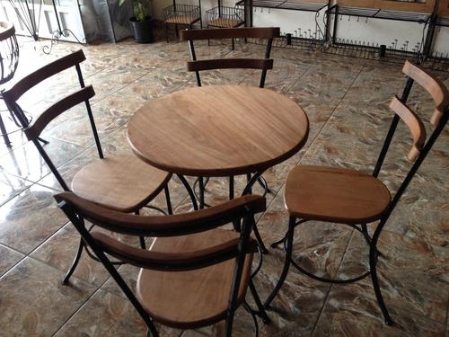 Conjunto De Mesa E 4 Banquetas Rústicas Em Ferro E Madeira
