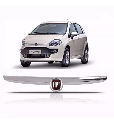Emblema Sigla Fiat Grade Radiador Punto 2013 - 2016