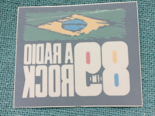 Adesivo Uol Rádio 89 Rock Fm Avesso Raro Colorido Exclusivo
