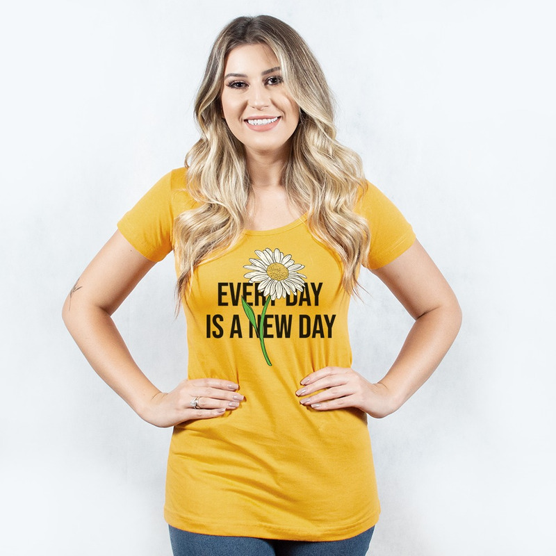 CAMISETA MOSTARDA - NEW DAY