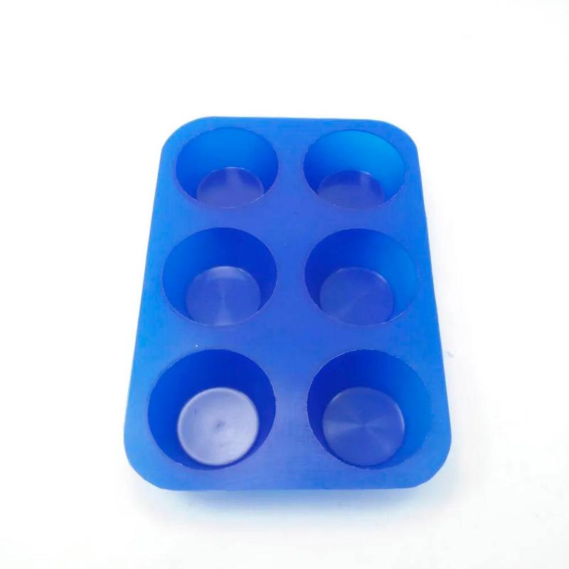 Forma de Cupcakes em Silicone Antiaderente Utilflex