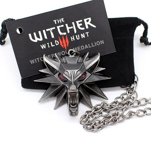 Colar The Witcher 3 Wild Hunt Geralt Rivia Lobo Olho Red