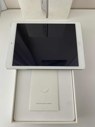 iPad A1475 32gb + Case Com Teclado! Original
